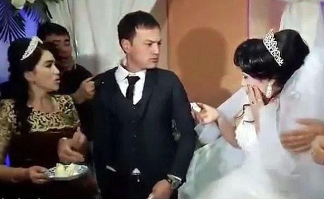 Novio abofeteó a la novia en plena fiesta y nadie la defiende